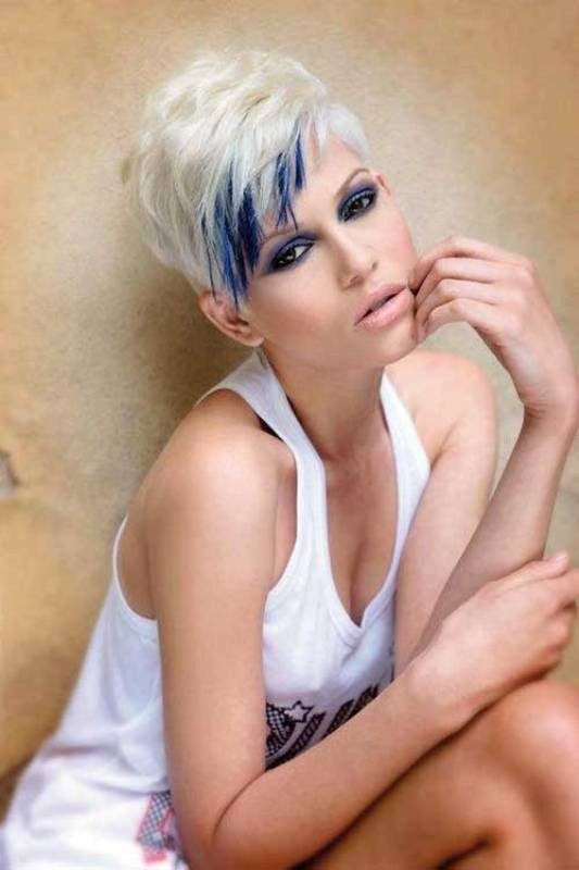 blonde-and-pastels-2 80+ Marvelous Color Ideas for Women with Short Hair