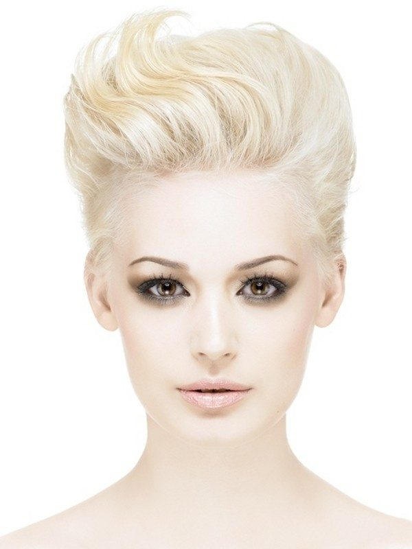 blonde-and-pastels-24 80+ Marvelous Color Ideas for Women with Short Hair