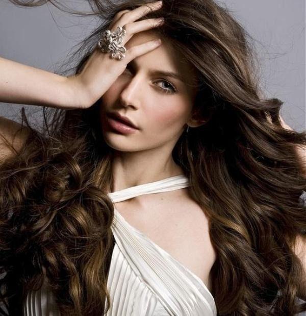 dark-brown-14 33 Fabulous Spring & Summer Hair Colors for Women 2022