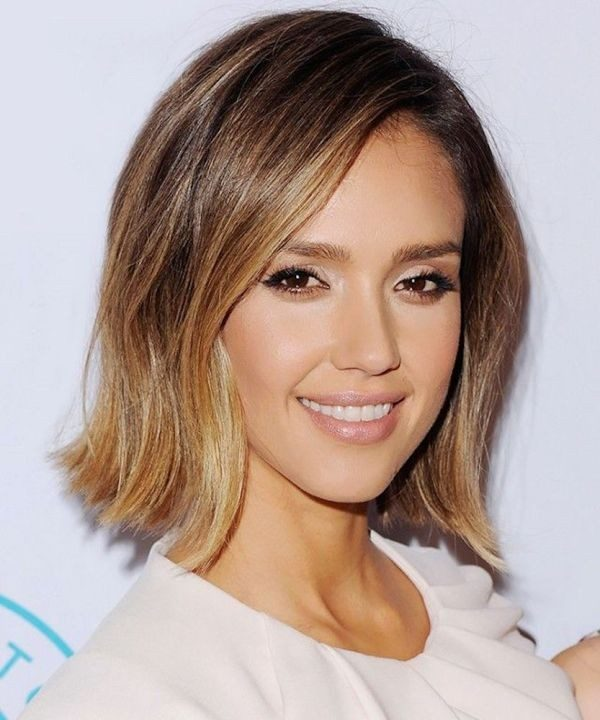 dark-roots-18 80+ Marvelous Color Ideas for Women with Short Hair