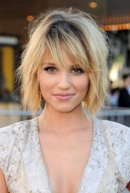 dark-roots-7-1 80+ Marvelous Color Ideas for Women with Short Hair in 2018