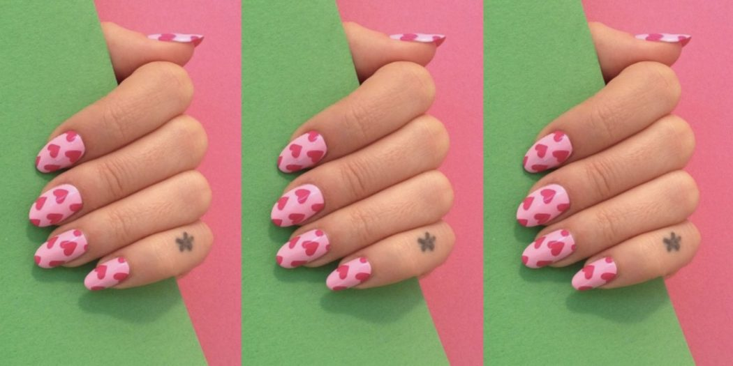 gallery-1482416453-nails 125 years of Fingernails Trends Development