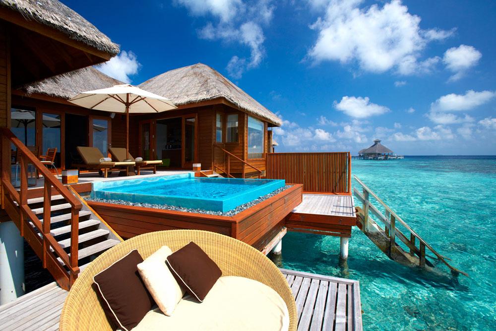 huvafen-fushi-resort-maldives-07 10 Most Unusual Restaurants in The World
