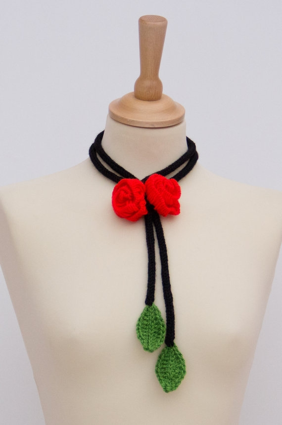 il570xN4268074139aoc Top 10 Unusual Necklace Jewelry Trends