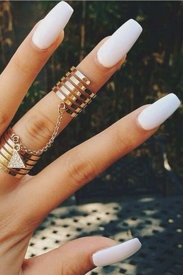 large_fustany-beauty-nails-how_to_choose_nails_shape_according_to_your_hand_s_shape-square_nails 125 years of Fingernails Trends Development