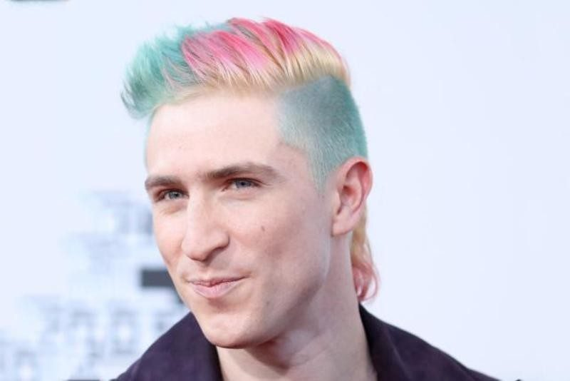 multiple-colors-7 50+ Hottest Hair Color Ideas for Men in 2020