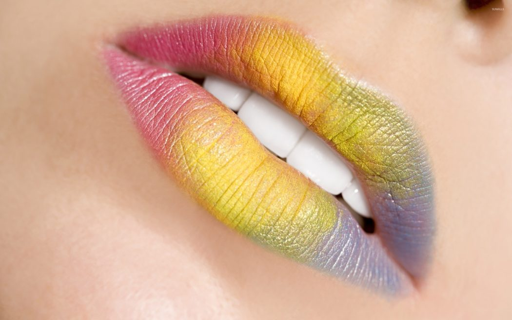 rainbow-lipstick-2961-2560x1600 16 Creative Lip Makeup Art Trends in 2018