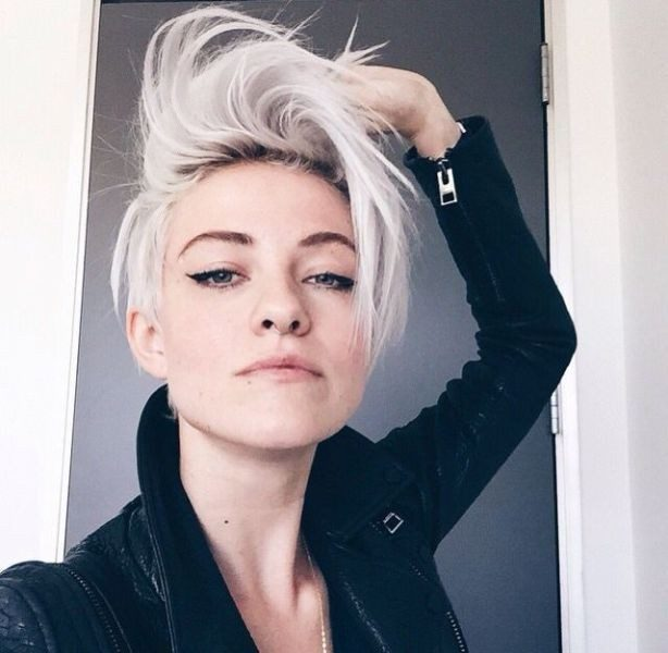 short-hairstyles-2017-146 50+ Short Hairstyles to Try & Make Those with Long Hair Cry