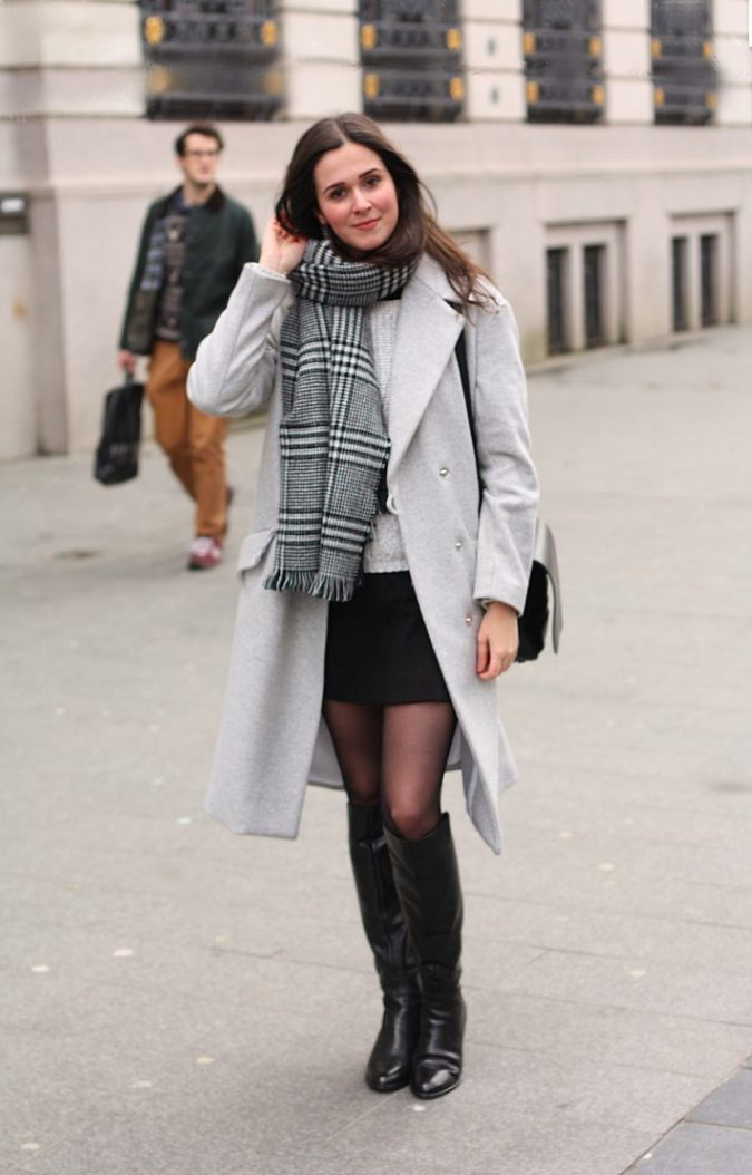 the-styling-dutchman-mini-with-flat-boots-675x1054 5 Casual Winter Outfits for Elegant Ladies