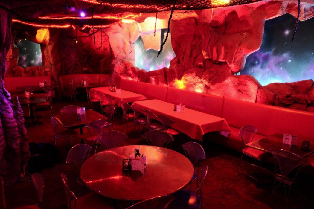 tumblr_nsk2j1DmHg1u38l26o1_1280 10 Most Unusual Restaurants in The World