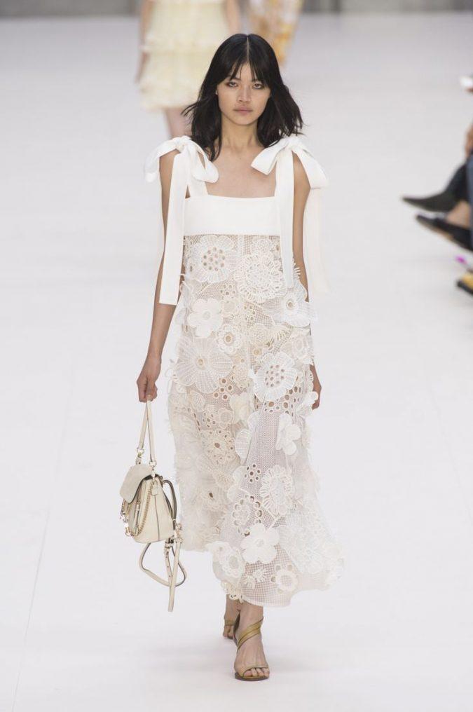 06e04b7a0bfe8b43d82f9945380e108b-675x1016 35+ Stellar European Fashions for Spring 2017