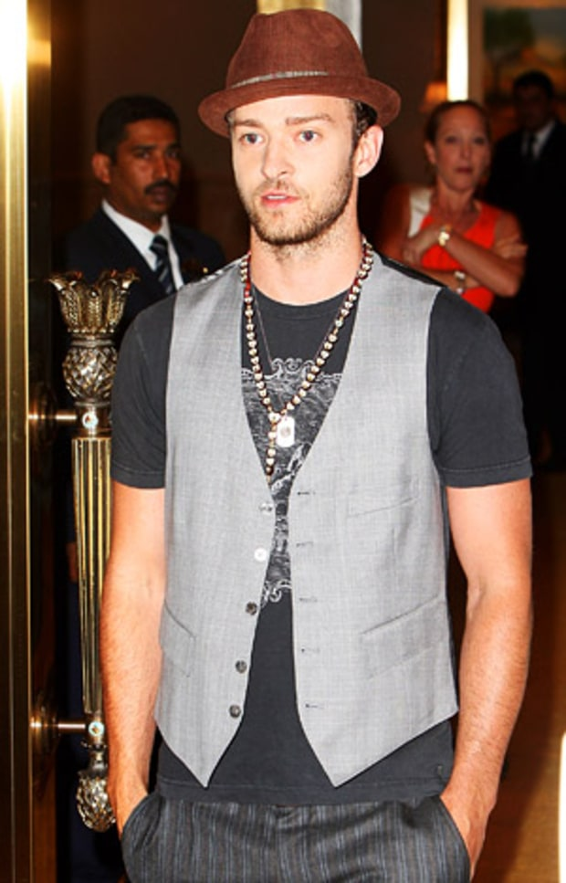 1296506688_jt-style-5-lg 15 Male Celebrities Fashion Trends for Summer 2018