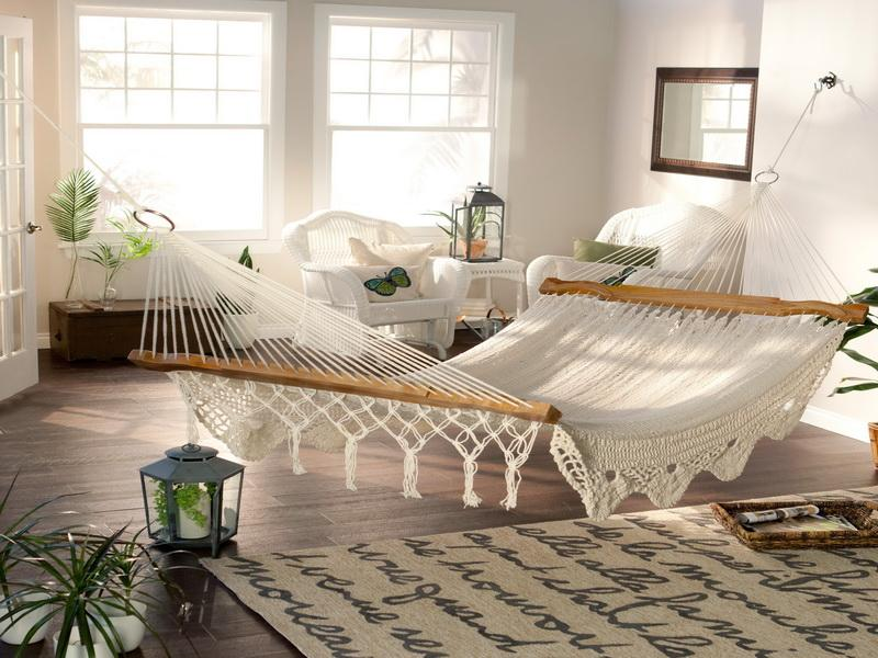 14-best-indoor-hammock-designs-for-any-room-size-on-a-budget-hammock-bed-indoor1 12 Unusual Beds That are Innovative