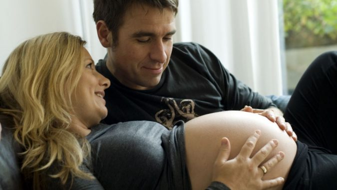 219116711-24700017-048d138f552b89c4cd05ae967187806a-675x380 Pregnancy at 40.. Pros & Cons