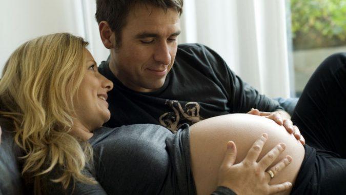 219116711-24700017-048d138f552b89c4cd05ae967187806a-675x380 Pregnancy at 40.. Pros & Cons