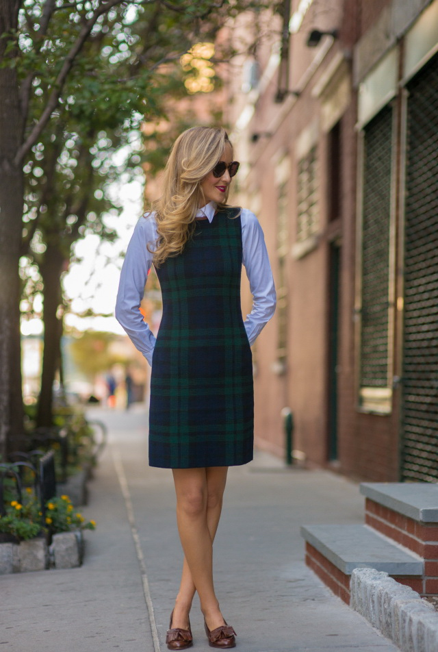 4.-Plaid-Dress-With-Button-Down-Shirt 15+ Elegant Working Ladies Spring Outfit Ideas in 2020