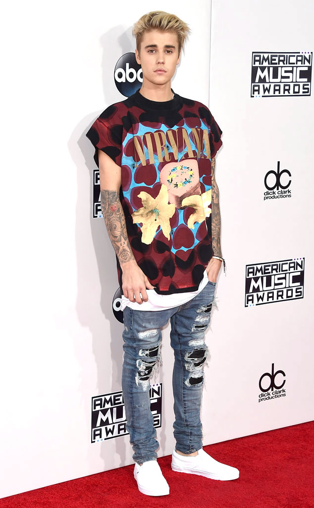 EwgVTRQEWkVUQEFUVlwPBAQ 15 Male Celebrities Fashion Trends for Summer 2020