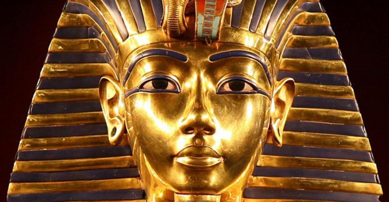 Photo of 39 Most Famous Pharaohs Gold Statues