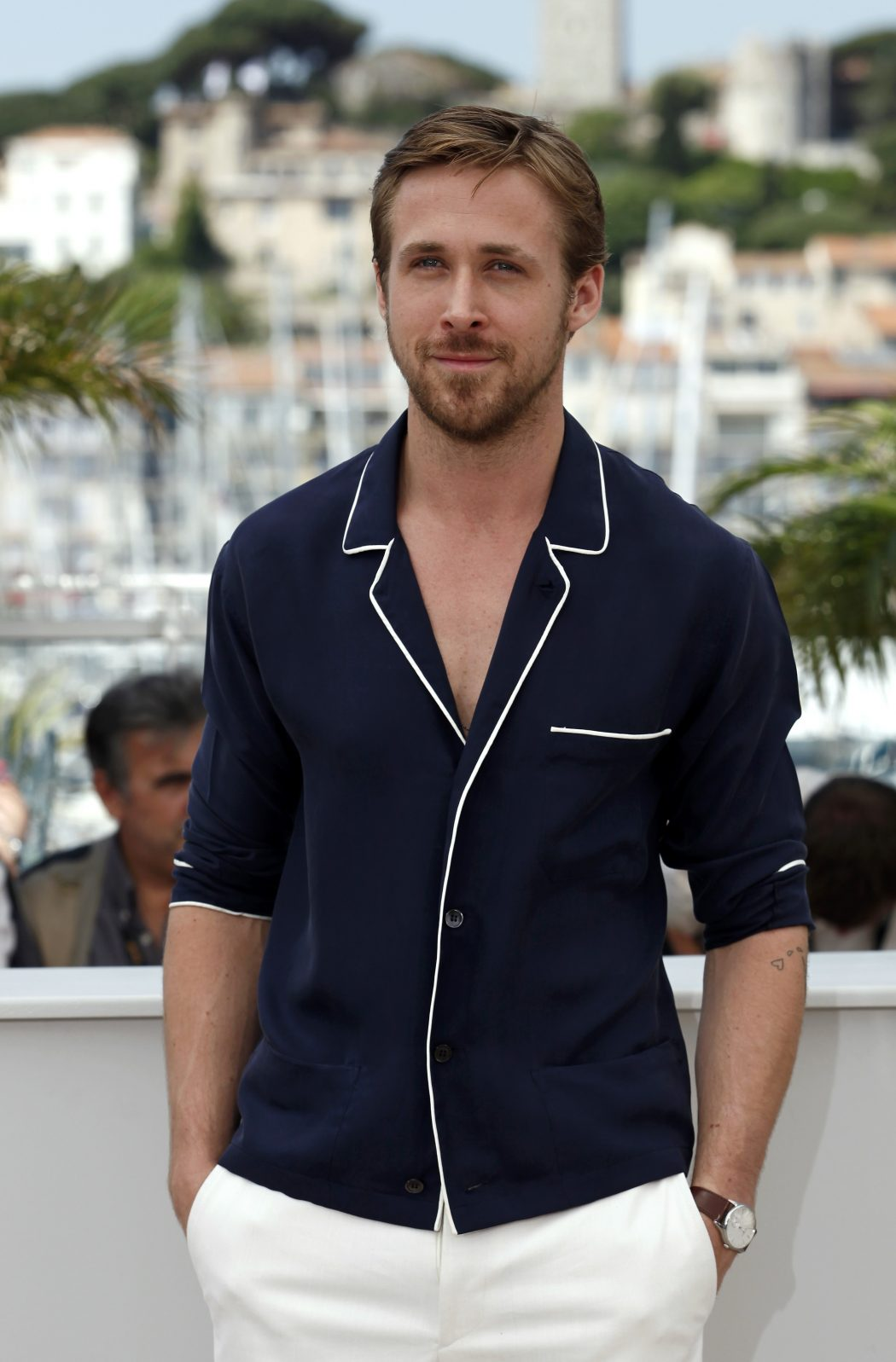 GQ-Ryan-Gosling-11.12-9 15 Male Celebrities Fashion Trends for Summer 2017