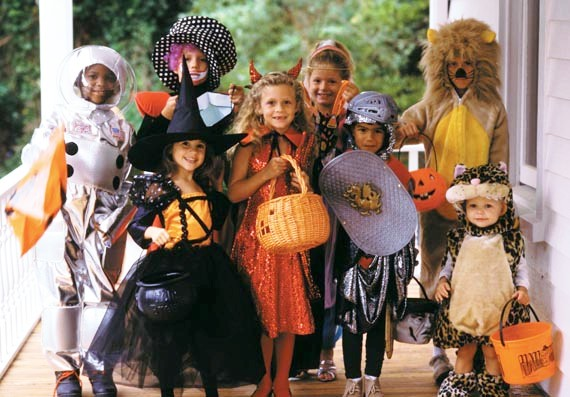 Host-a-costume-swap-with-friends-and-neighbours 5 Cool Ways to Reuse Kids Halloween Costumes