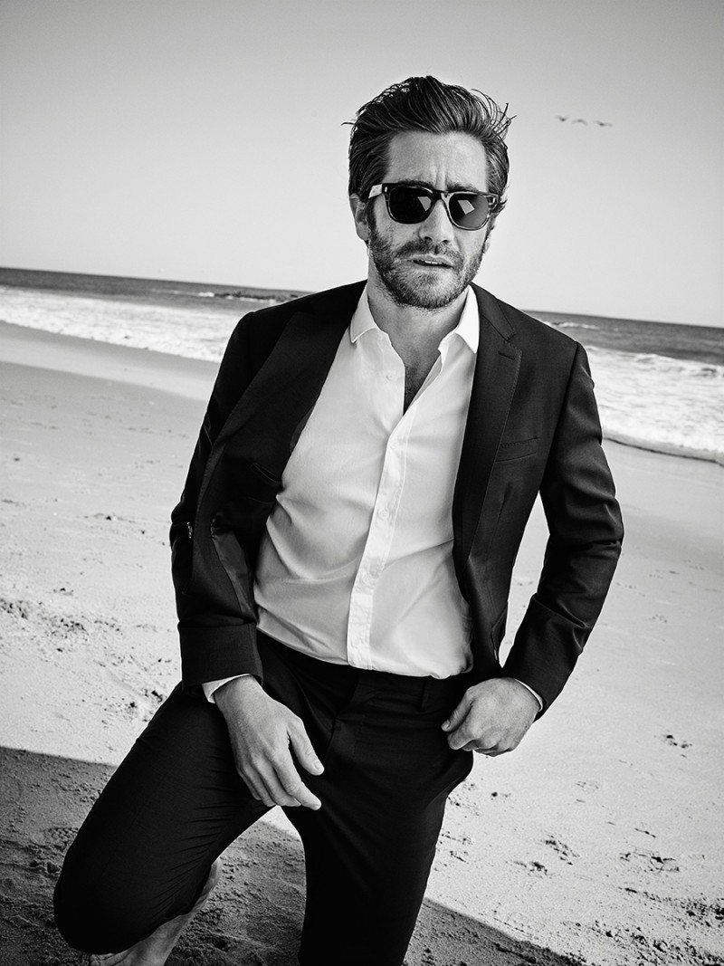 Jake-Gyllenhaal-July-2015-Esquire-Cover-Photo-Shoot-002-800x1067 15 Male Celebrities Fashion Trends for Summer 2017
