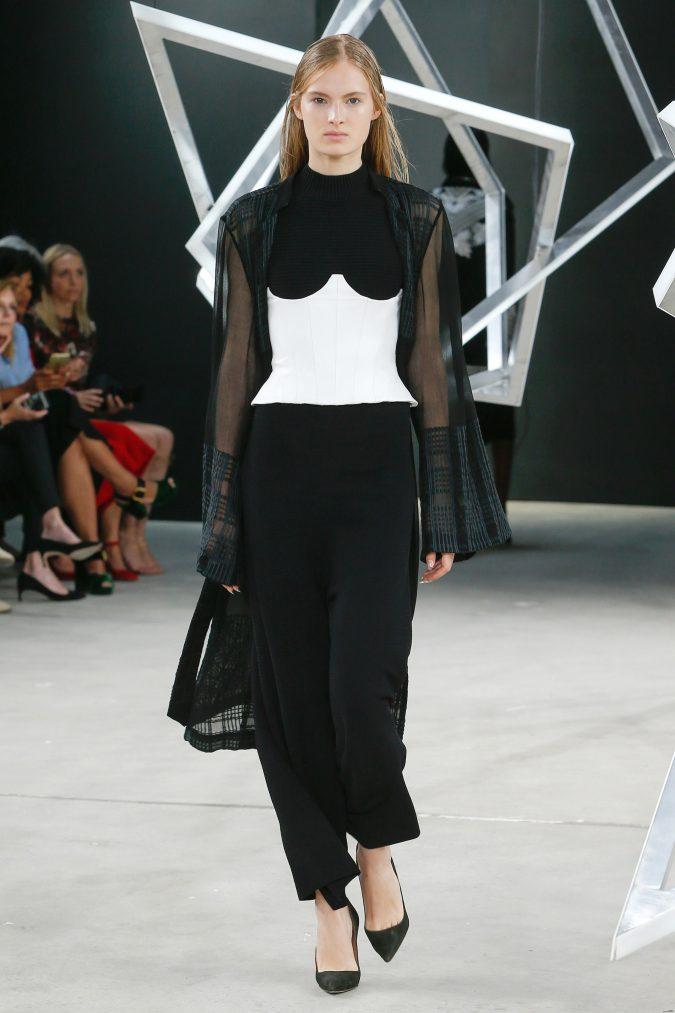 MON0353-675x1013 35+ Stellar European Fashions for Spring 2020