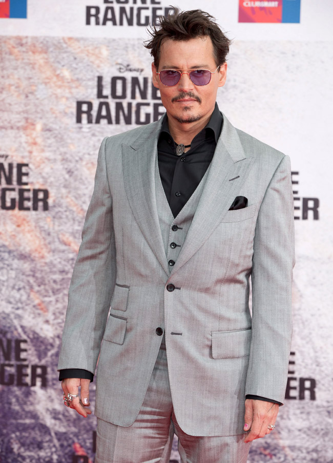 Style-Johnny-Depp-1 15 Male Celebrities Fashion Trends for Summer 2017