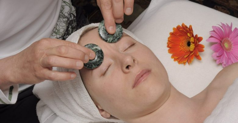 Treatment By Stones And Jewelry