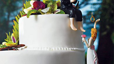 Photo of Top 10 Most Unique and Funny Wedding Cake Toppers 2019