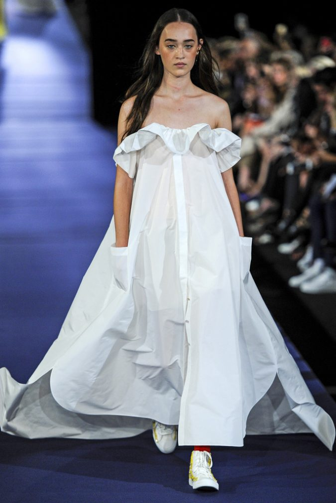 alexis-mabille-spring-collection-paris-fashion-week-pfw-2017-25-675x1012 35+ Stellar European Fashions for Spring 2020