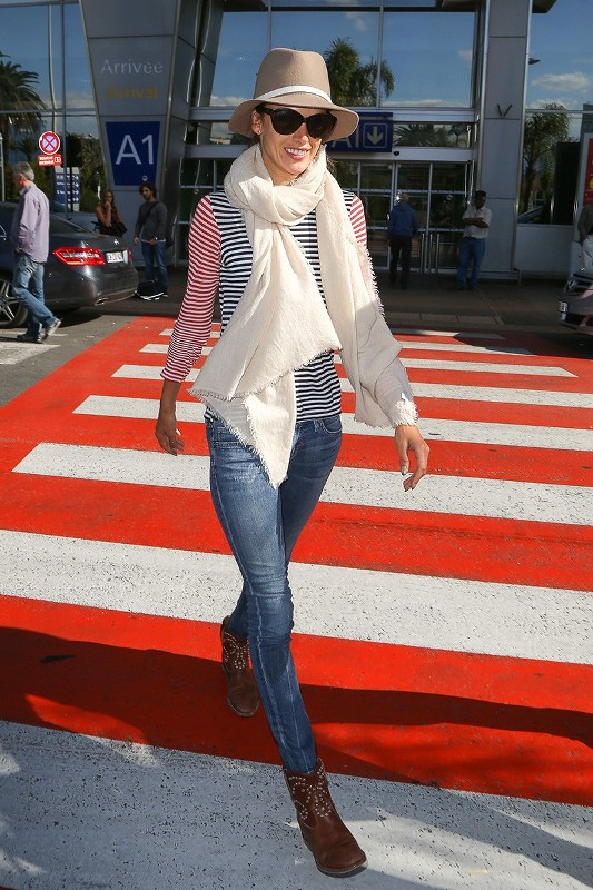 celebrities-in-striped-outfits-1 77+ Elegant Striped Outfit Ideas and Ways to Wear Stripes in 2018