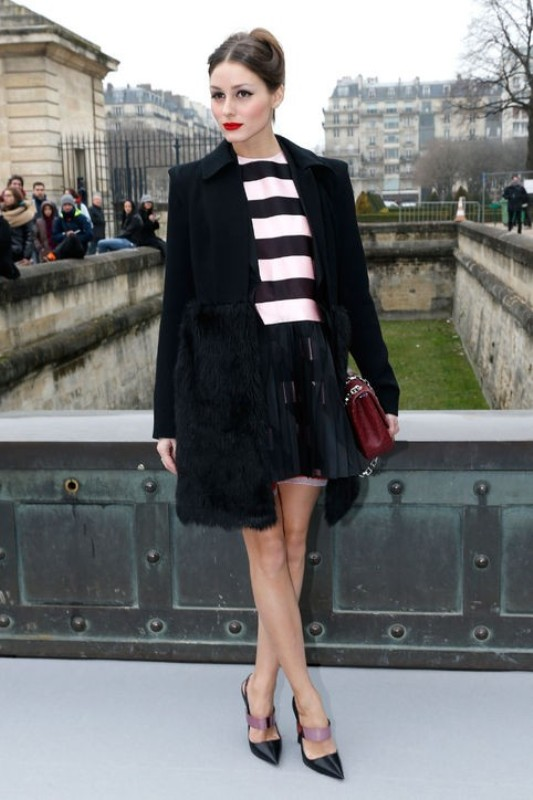 celebrities-in-striped-outfits-8 77+ Elegant Striped Outfit Ideas and Ways to Wear Stripes