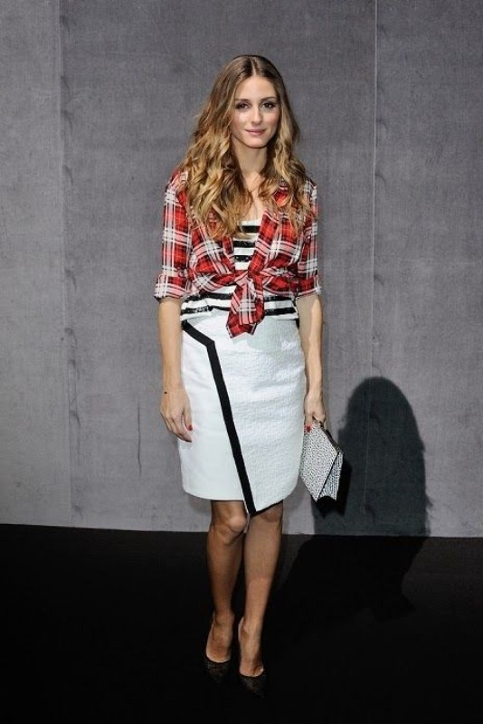 celebrities-in-striped-outfits-9 77+ Elegant Striped Outfit Ideas and Ways to Wear Stripes
