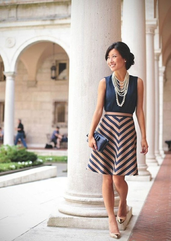 chevron-stripes-10 77+ Elegant Striped Outfit Ideas and Ways to Wear Stripes in 2017