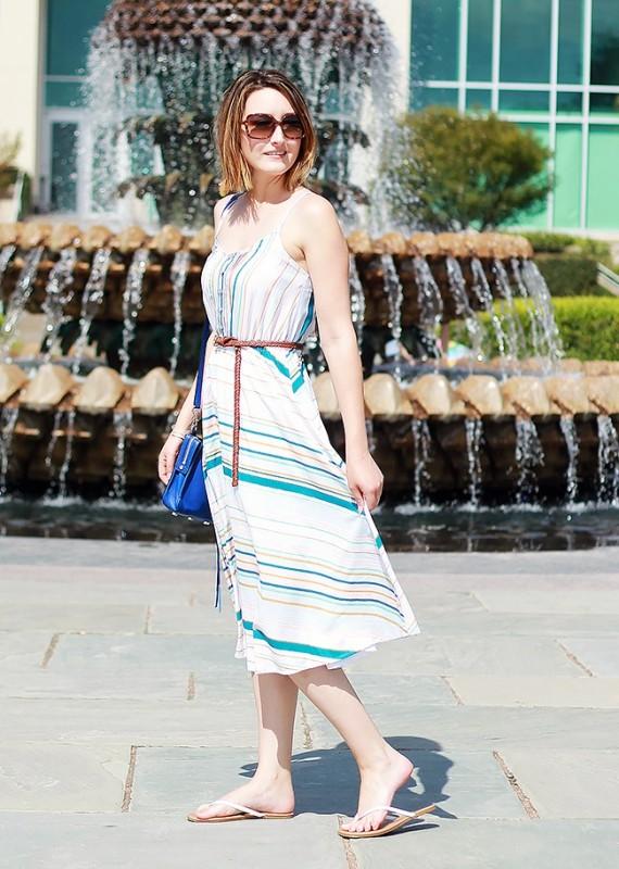 chevron-stripes-11 77+ Elegant Striped Outfit Ideas and Ways to Wear Stripes