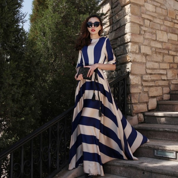 chevron-stripes-13 77+ Elegant Striped Outfit Ideas and Ways to Wear Stripes in 2017