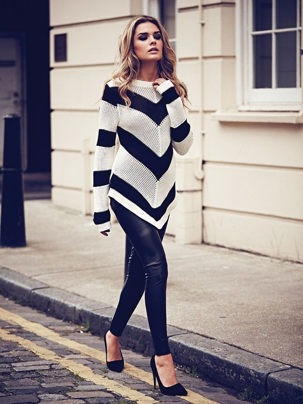 chevron-stripes-14 77+ Elegant Striped Outfit Ideas and Ways to Wear Stripes in 2018
