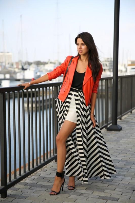 chevron-stripes-4 77+ Elegant Striped Outfit Ideas and Ways to Wear Stripes