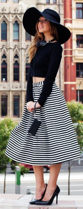 classic-stripes-2 77+ Elegant Striped Outfit Ideas and Ways to Wear Stripes in 2017