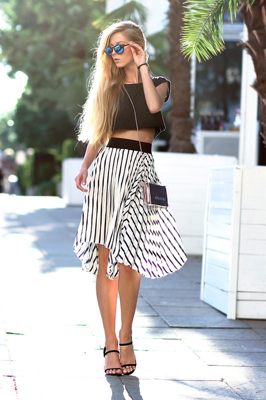 classic-stripes-24 77+ Elegant Striped Outfit Ideas and Ways to Wear Stripes in 2018
