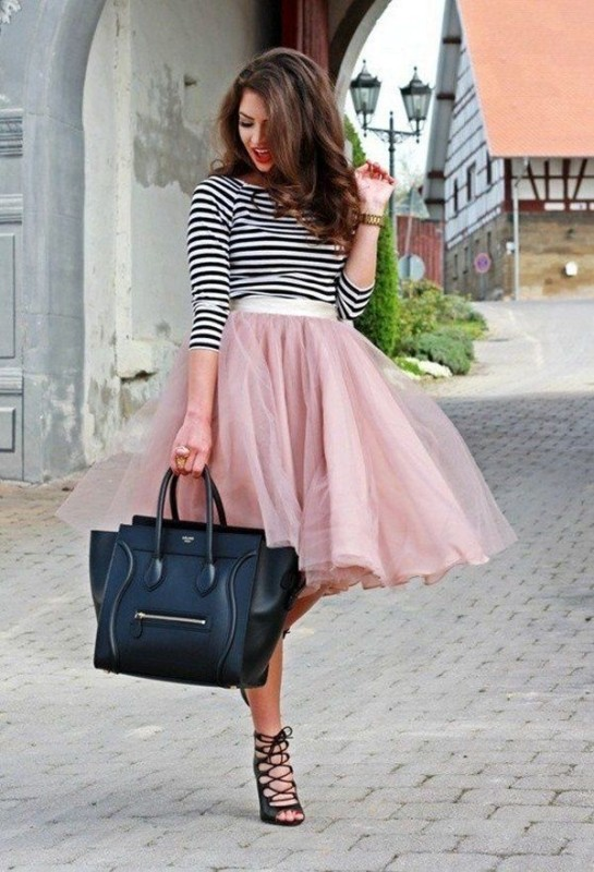 classic-stripes-30 77+ Elegant Striped Outfit Ideas and Ways to Wear Stripes in 2018