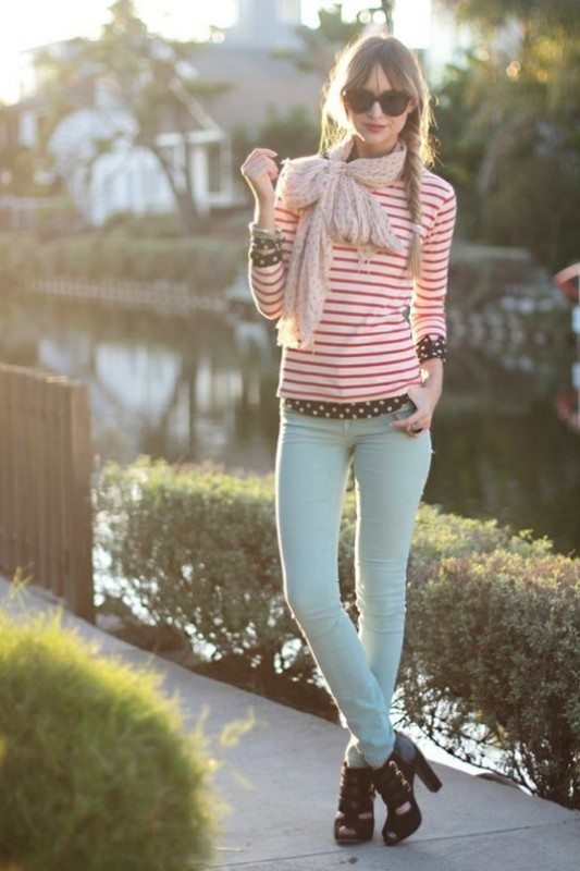 colorful-stripes-10 77+ Elegant Striped Outfit Ideas and Ways to Wear Stripes in 2018