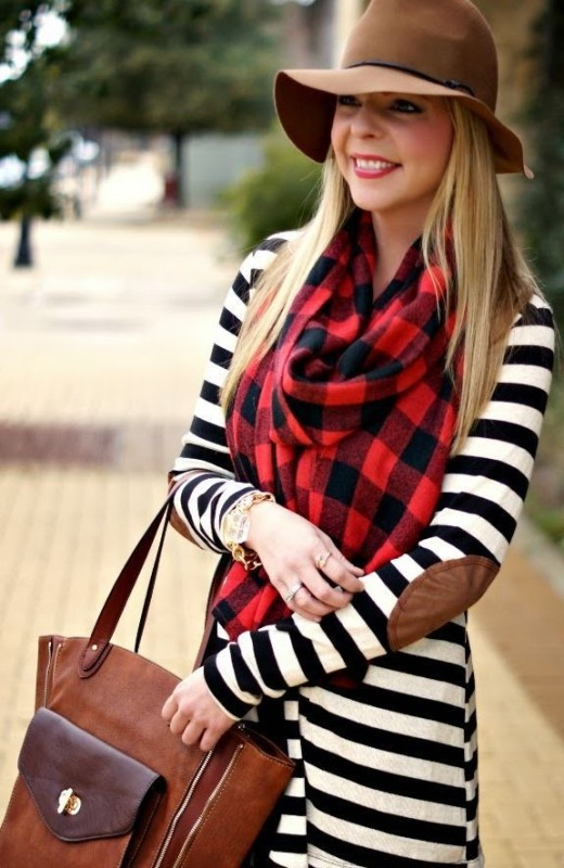 completely-striped-outfits-5 77+ Elegant Striped Outfit Ideas and Ways to Wear Stripes