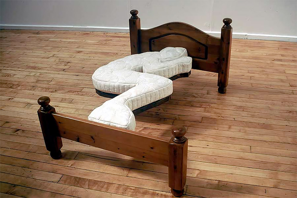 fetalbed 12 Unusual and Innovative Beds Ever