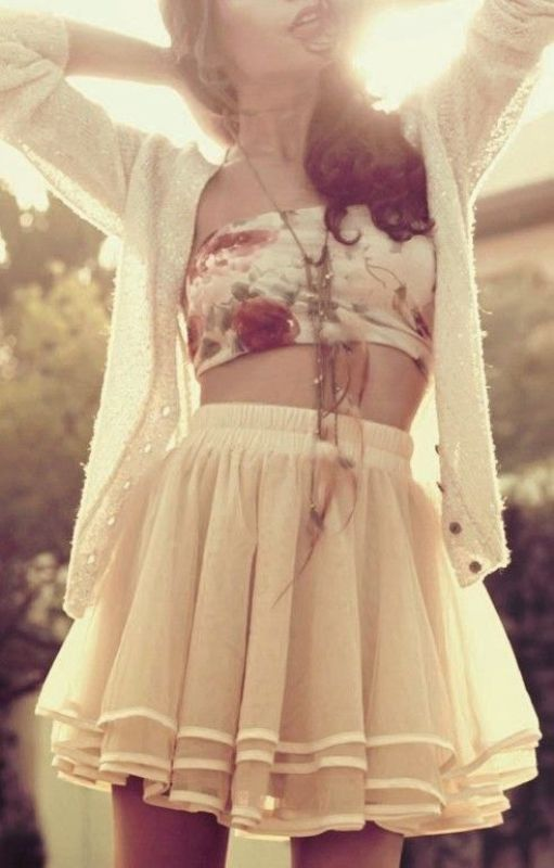 floral-outfits-164 84+ Breathtaking Floral Outfit Ideas for All Seasons 2018