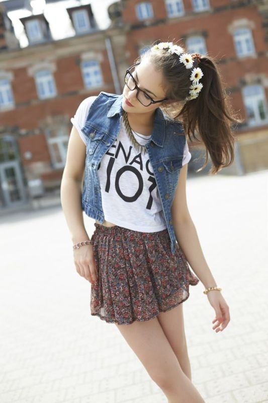 floral-outfits-174 84+ Breathtaking Floral Outfit Ideas for All Seasons