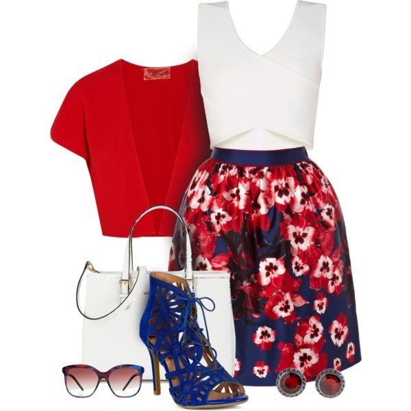 floral-outfits-90 84+ Breathtaking Floral Outfit Ideas for All Seasons