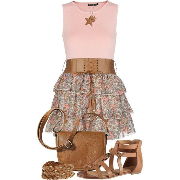 floral-outfits-98 84+ Breathtaking Floral Outfit Ideas for All Seasons