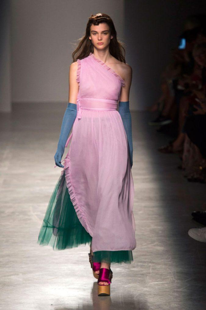 hbz-ss2017-rochas-2-800x1200-675x1013 35+ Stellar European Fashions for Spring 2020