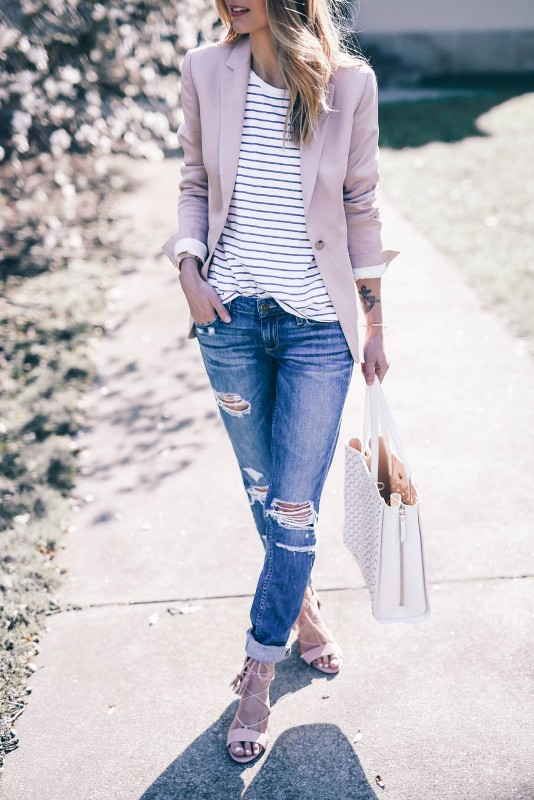 horizontal-stripes-10 77+ Elegant Striped Outfit Ideas and Ways to Wear Stripes in 2018